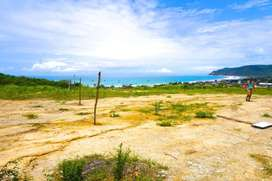 Hermoso terreno con vista al mar en Puerto López