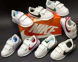 Tenis Nike Cortez niños