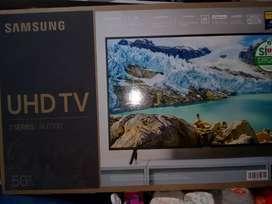 """Smart TV Samsung 50"""" series 7000 última tecnología."""