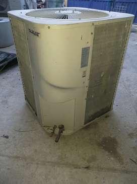 Aire acondicionado en venta de 5 Toneladas R22/220v/1ph