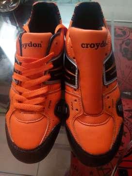 Guayos croydon T38