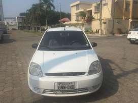 Ford Fiesta Blanco