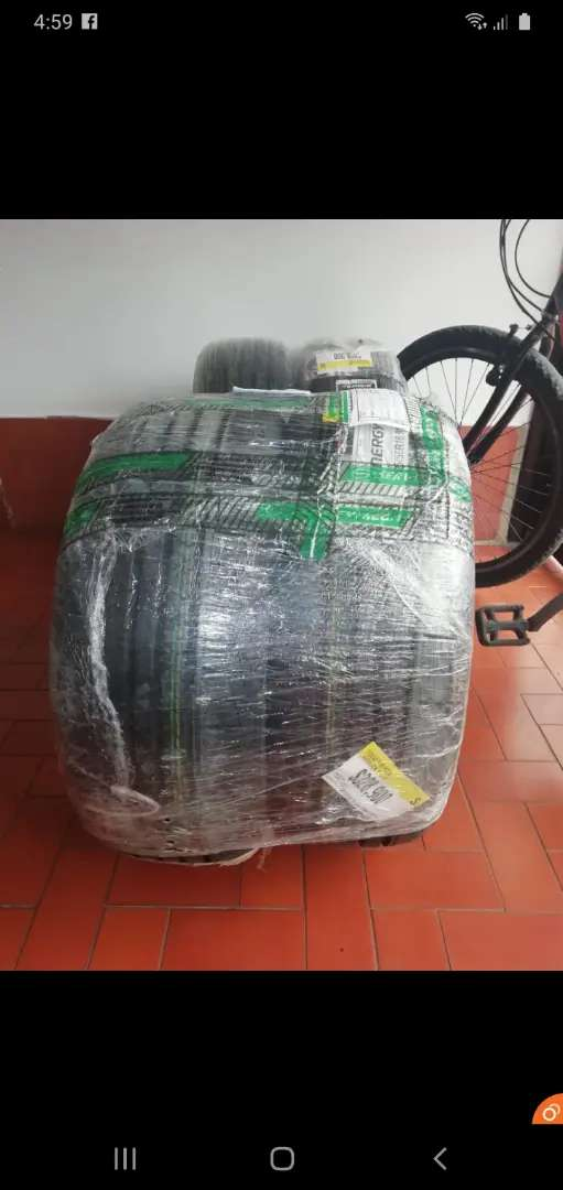 Llantas nuevas hankook nuevas compradas en almacen
