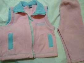 conjunto 24m  chaleco y pantalon polar rosa hermoso