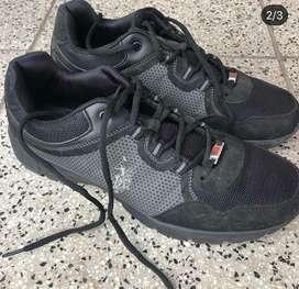 Zapatillas negra Polo