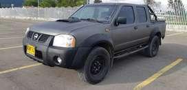 Nissan frontier 4x4 diésel ful equipo
