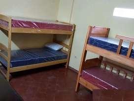 Hospedaje trabajadores Estudiantes Universitarios Varones en Habitacion Cuadruple en San Martin.