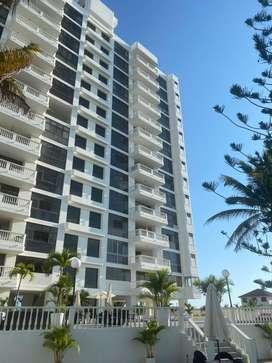 Lindo Departamento e Salinas frente  al Mar con playa privada  5 piso sect