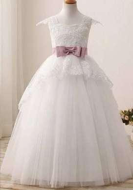 Vendo Hermoso Vestido de Primera Comunión o Fiesta