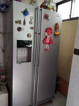 Se vende o permuta nevecon 528 L