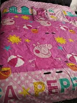 Tendido de cama de niña
