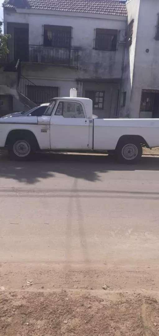 Dodge 100  modelo  78 0