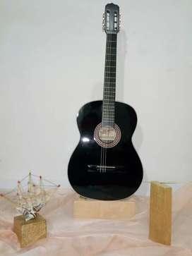 Guitarra de estudio negra