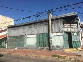 LOCAL COMERCIAL JUNIN Y ROCA  ESQUINA CON BAÑ, OFICINA Y DEPOSITO