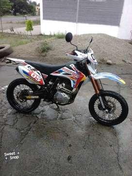 Moto Factory 250