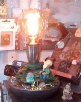 Velador artesanal con lámpara vintage incluida