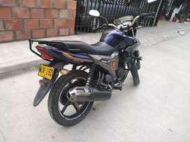 Se vende moto Yamaha sz r16