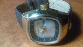 vendo cambio permuto clasico reloj para dama .SAyMURAI automatico
