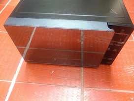 Horno Microondas LG EasyClean NeoChef