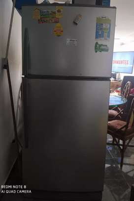 Vendo nevera Haceb 446 litros no frost