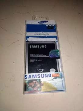 La al j7 Samsung buen estado está como nueva tener la factura garantía