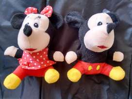 MUÑECOS PELUCHES DE MICKEY Y MINNIE X2