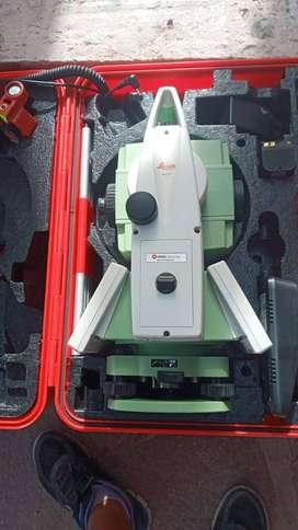 "ESTACION TOTAL LEICA TS-09 PLUS 5"""