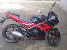 Se vende por ocasión una moto lineal  marca italika