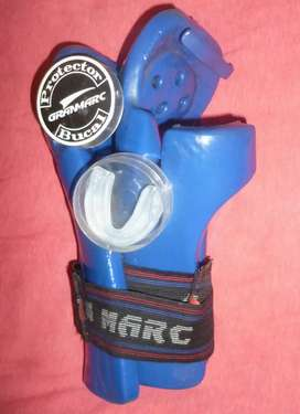 Guantes y protector bucal (GRAND MARC)
