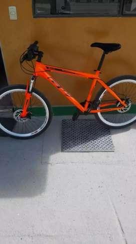 Bicicleta con tarjeta de propiedad