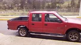 Se vende camioneta roja