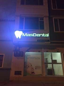 Se necesita Odontolog@