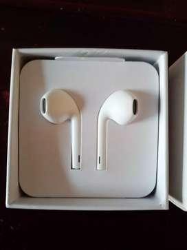 Auriculares EarPods Headphone Plug