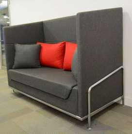 Sofá oficina o casa diseño contemporáneo