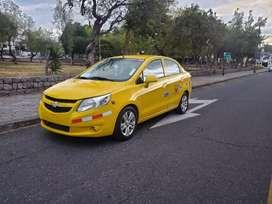 Vendo taxi legal  convencional amarillo completo