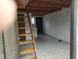 Alquiler - Castelar Sur - Departamento tipo Dúplex 3 Ambientes