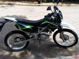 Moto Kawasaki KLX 150 Encendido Pedal y Eléctrico
