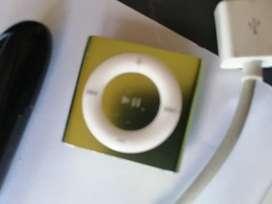 iPod shuffe 2gb 4 generación cable audífonos  verde buen estado