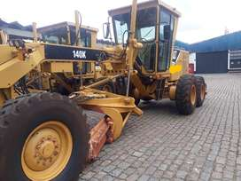 Motoniveladora cat 140K 2013