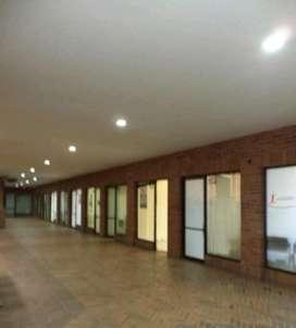 INCREIBLE REGALO VENDO OFICINA PARQUE EL POBLADO MEDELLIN - NEGOCIABLE