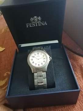 Se vende Reloj Lotus y Festina