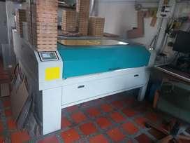 Máquina laser 130 Wt