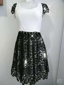 Vestido de alta costura de Diseñadora nuevo excelente precio talla m