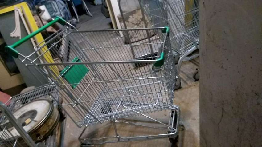 Changos de Supermercado Casi Nuevos 0