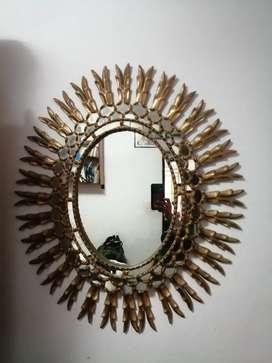 Espejo en pan de oro