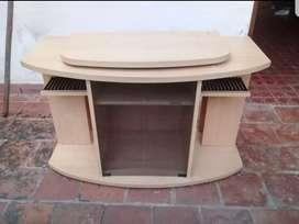 Mesa de madera giratoria para TV