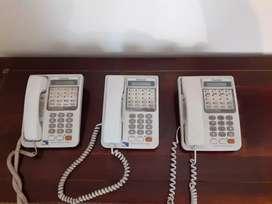 Teléfonos Panasonic KX T7330