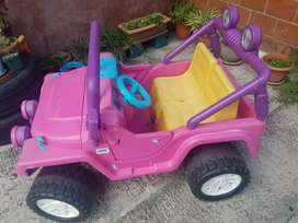 Vendo Jeep Barbie