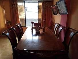 Mesa de 8 sillas