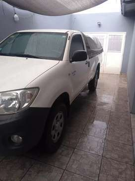 Toyota Hilux cabina cimple impecablr